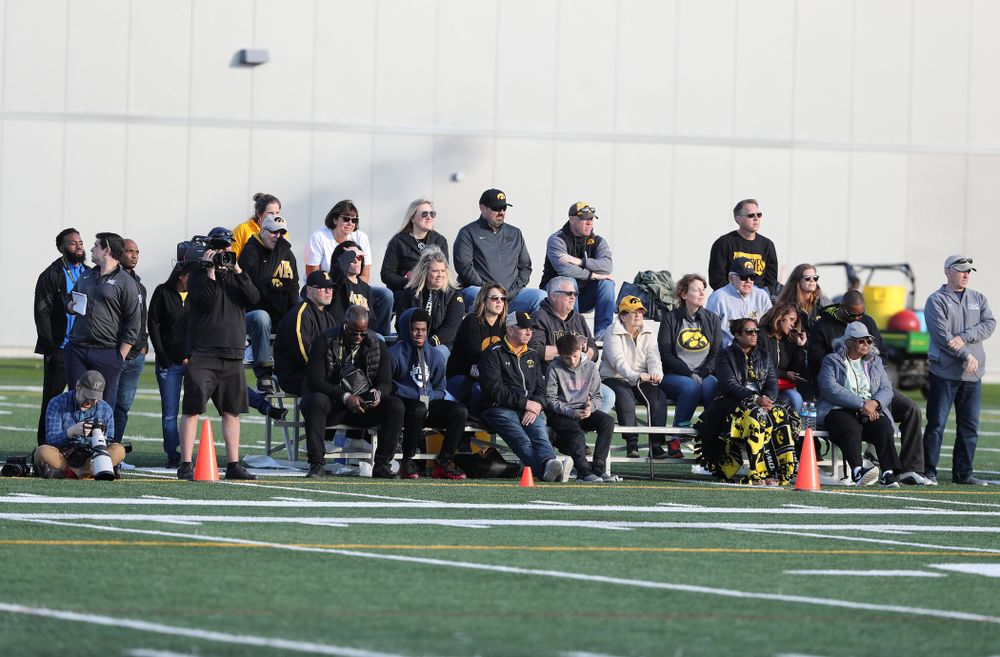 Friends and family watch the Hawkeye Football teamÕs  final spring practice Friday, April 26, 2019 at the Kenyon Football Practice Facility. (Brian Ray/hawkeyesports.com)