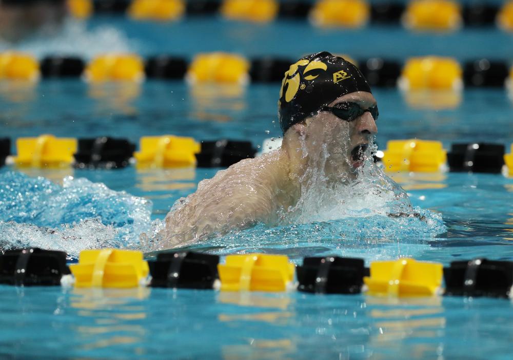 Iowa's Jackson Kuhlers swims the 200 yard Individual Medley Thursday, November 15, 2018 during the 2018 Hawkeye Invitational at the Campus Recreation and Wellness Center. (Brian Ray/hawkeyesports.com)