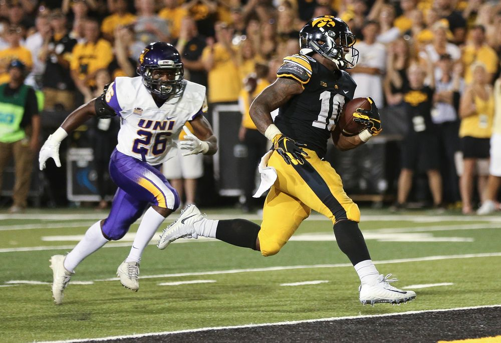 Iowa Hawkeyes running back Mekhi Sargent (10) scores a touchdown during a game against Northern Iowa at Kinnick Stadium on September 15, 2018. (Tork Mason/hawkeyesports.com)