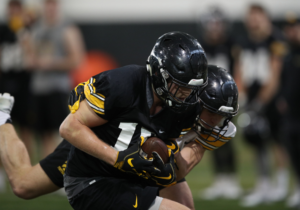 Iowa Hawkeyes tight end Drew Cook (18) during preparation for the 2019 Outback Bowl Tuesday, December 18, 2018 at the Hansen Football Performance Center. (Brian Ray/hawkeyesports.com)