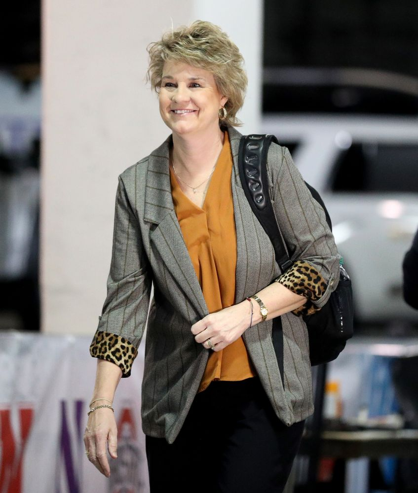 Iowa Hawkeyes head coach Lisa Bluder arrives for their game against Ohio State in the quarterfinals of the Big Ten Basketball Tournament Friday, March 6, 2020 at Bankers Life Fieldhouse in Indianapolis. (Brian Ray/hawkeyesports.com)