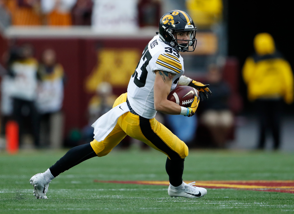 Iowa Hawkeyes defensive back Riley Moss (33) intercepts a pass against the Minnesota Golden Gophers Saturday, October 6, 2018 at TCF Bank Stadium. (Brian Ray/hawkeyesports.com)