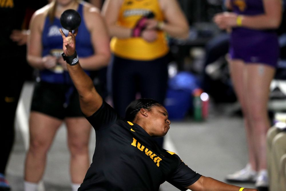 Iowa's Nia Britt competes in the Shot Put during the Black and Gold Premier meet Saturday, January 26, 2019 at the Recreation Building. (Brian Ray/hawkeyesports.com)