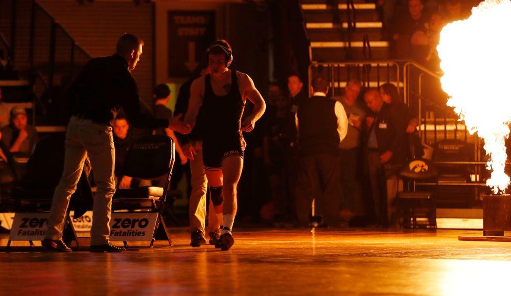 Iowa's Brandon Sorensen Wrestles Oklahoma State's Boo Lewallen at 149 pounds