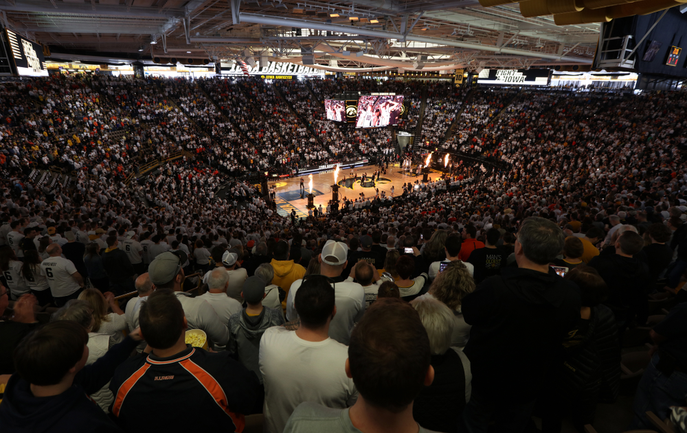 The Iowa Hawkeyes take on the Illinois Fighting Illini Sunday, February 2, 2020 at Carver-Hawkeye Arena. (Brian Ray/hawkeyesports.com)