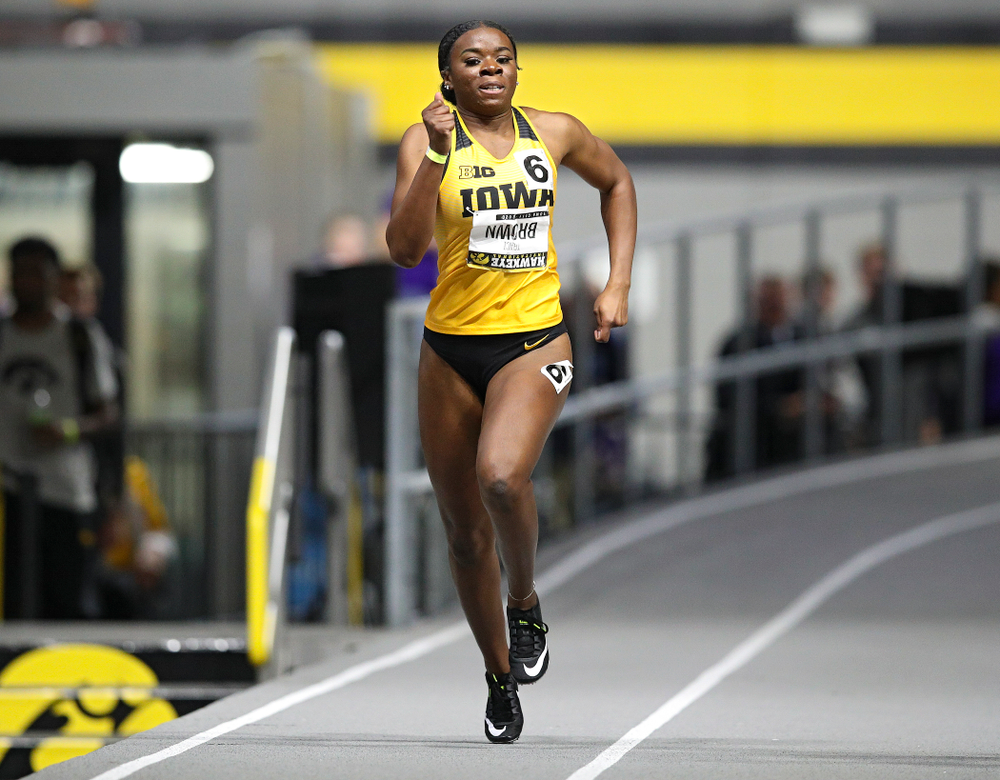 Iowa's Traci Brown runs the women's 200 meter dash event during the Hawkeye Invitational at the Recreation Building in Iowa City on Saturday, January 11, 2020. (Stephen Mally/hawkeyesports.com)