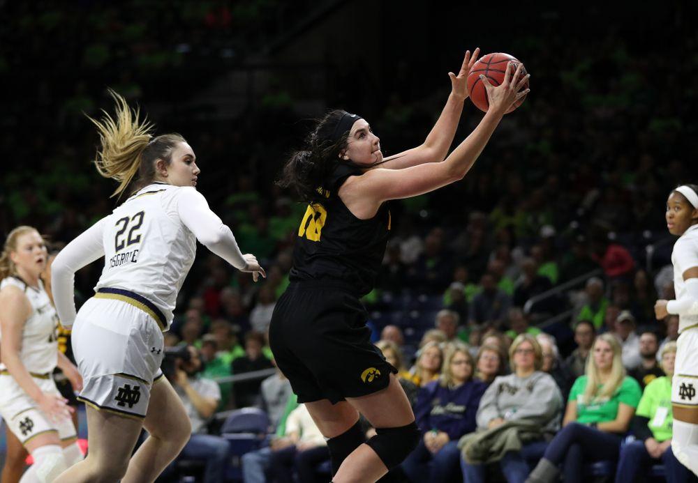 Iowa Hawkeyes forward Megan Gustafson (10) against the Notre Dame Fighting Irish Thursday, November 29, 2018 at the Joyce Center in South Bend, Ind. (Brian Ray/hawkeyesports.com)