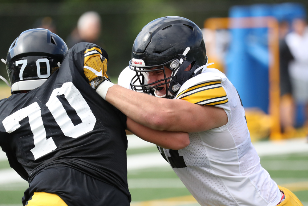 Iowa Hawkeyes defensive lineman Zach VanValkenburg (97)