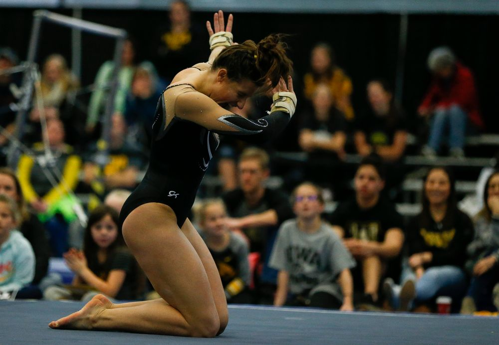 Lanie Snyder competes in the floor exercise during the Black and Gold Intrasquad meet at the Field House on 12/2/17. (Tork Mason/hawkeyesports.com)