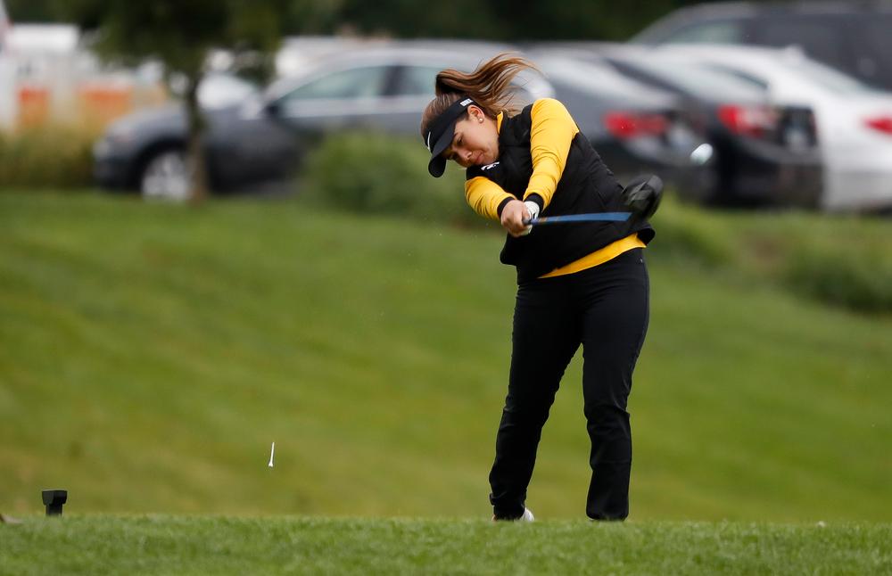 Iowa's Manuela Lizarazu tees off during the Diane Thomason Invitational at Finkbine Golf Course on September 29, 2018. (Tork Mason/hawkeyesports.com)