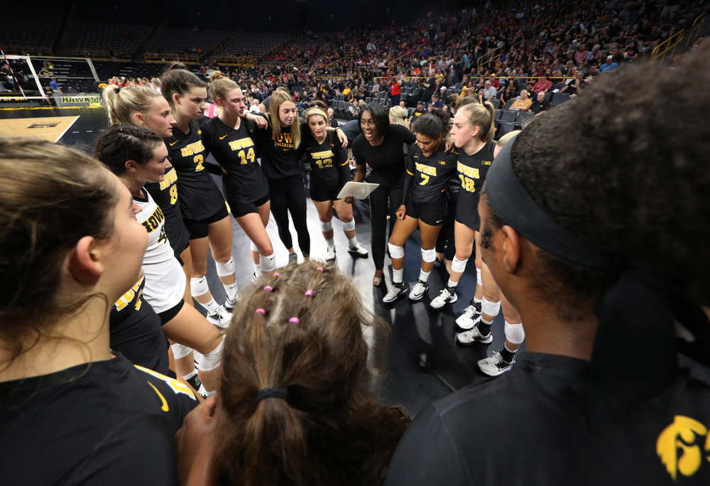 Iowa Hawkeyes head coach Vicki Brown against the Iowa State Cyclones Saturday, September 21, 2019 at Carver-Hawkeye Arena. (Brian Ray/hawkeyesports.com)