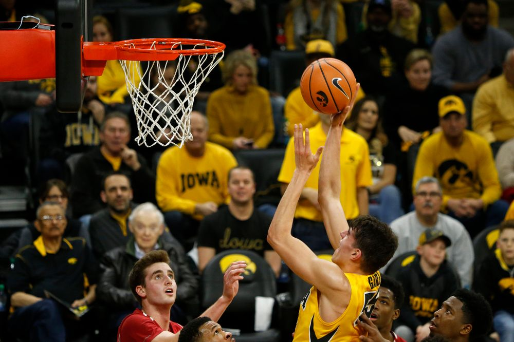 Iowa Hawkeyes forward Luka Garza (55)