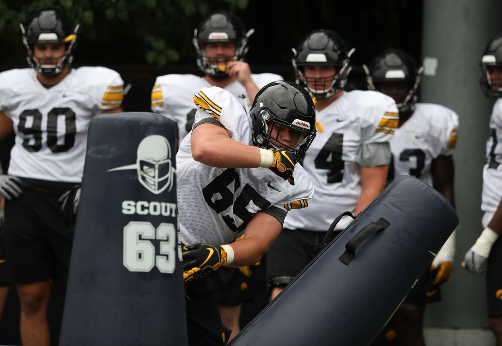 Iowa Hawkeyes defensive lineman Tyler Linderbaum (65) during practice No. 4 of Fall Camp Monday, August 6, 2018 at the Hansen Football Performance Center. (Brian Ray/hawkeyesports.com)