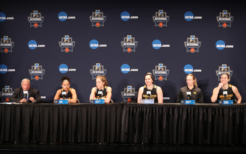 Iowa Hawkeyes guard Tania Davis (11), guard Kathleen Doyle (22), forward Megan Gustafson (10), guard Makenzie Meyer (3), and forward Hannah Stewart (21) during practice and media before the regional final of the 2019 NCAA Women's College Basketball Tournament against the Baylor Bears Sunday, March 31, 2019 at Greensboro Coliseum in Greensboro, NC.(Brian Ray/hawkeyesports.com)