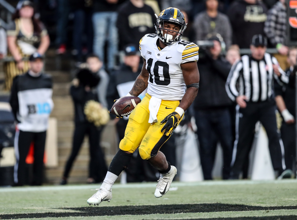 Iowa Hawkeyes running back Mekhi Sargent (10) against the Purdue Boilermakers Saturday, November 3, 2018 Ross Ade Stadium in West Lafayette, Ind. (Max Allen/hawkeyesports.com)