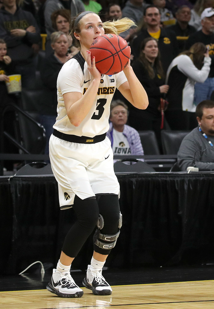 Iowa Hawkeyes guard Makenzie Meyer (3) lines up a shot during the third quarter of their second round game in the 2019 NCAA Women's Basketball Tournament at Carver Hawkeye Arena in Iowa City on Sunday, Mar. 24, 2019. (Stephen Mally for hawkeyesports.com)