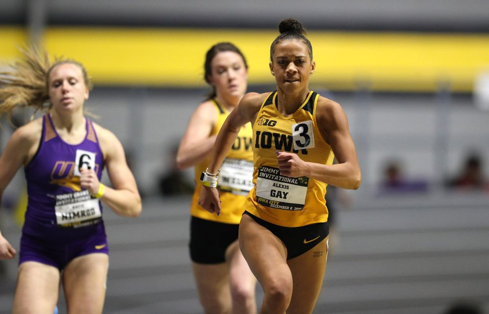 Iowa's Alexis Gay competes in the 600-meters during the Jimmy Grant Invitational Saturday, December 8, 2018 at the Recreation Building. (Brian Ray/hawkeyesports.com)
