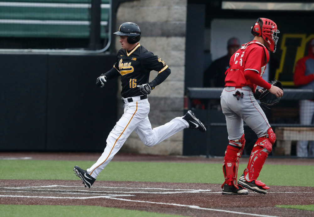 Iowa Hawkeyes infielder Tanner Wetrich (16) against the Bradley Braves Wednesday, March 28, 2018 at Duane Banks Field. (Brian Ray/hawkeyesports.com)