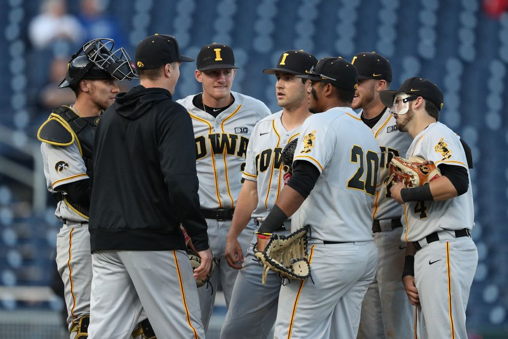 Iowa Hawkeyes Grant Leonard (43) against the Indiana Hoosiers in the first round of the Big Ten Baseball Tournament Wednesday, May 22, 2019 at TD Ameritrade Park in Omaha, Neb. (Brian Ray/hawkeyesports.com)
