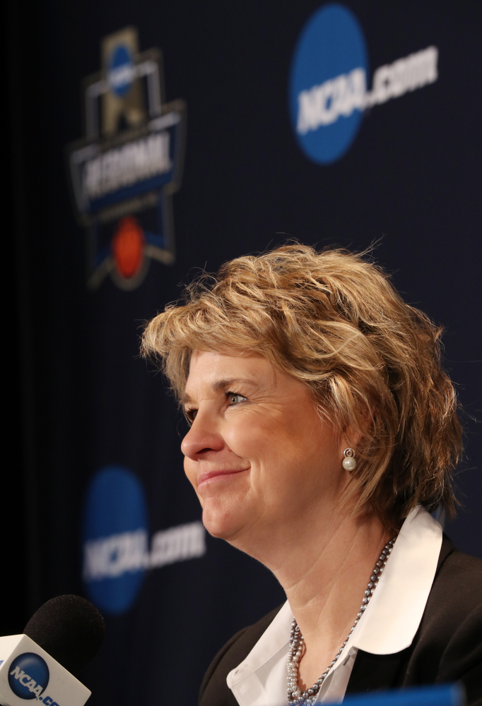 Iowa Hawkeyes head coach Lisa Bluder against the NC State Wolfpack in the regional semi-final of the 2019 NCAA Women's College Basketball Tournament Saturday, March 30, 2019 at Greensboro Coliseum in Greensboro, NC.(Brian Ray/hawkeyesports.com)