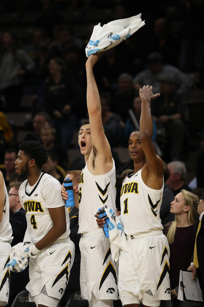 Iowa Hawkeyes forward Ryan Kriener (15) and guard Maishe Dailey (1) against the Pitt Panthers Tuesday, November 27, 2018 at Carver-Hawkeye Arena. (Brian Ray/hawkeyesports.com)