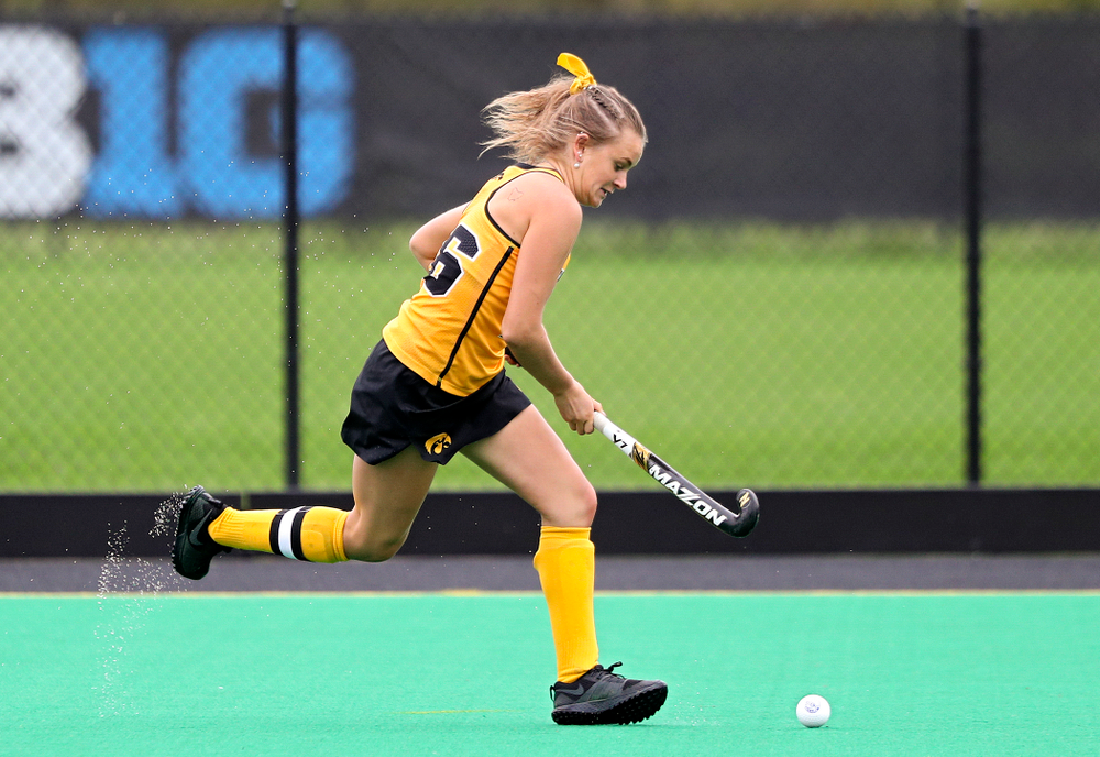 Iowa's Maddy Murphy (26) moves with the ball during the first quarter of their game against UC Davis at Grant Field in Iowa City on Sunday, Oct 6, 2019. (Stephen Mally/hawkeyesports.com)