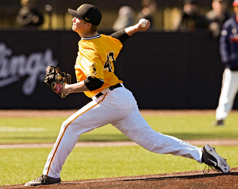 Iowa Hawkeyes pitcher Trace Hoffman (42) delivers to the plate during the eighth inning against Illinois at Duane Banks Field in Iowa City on Sunday, Mar. 31, 2019. (Stephen Mally/hawkeyesports.com)