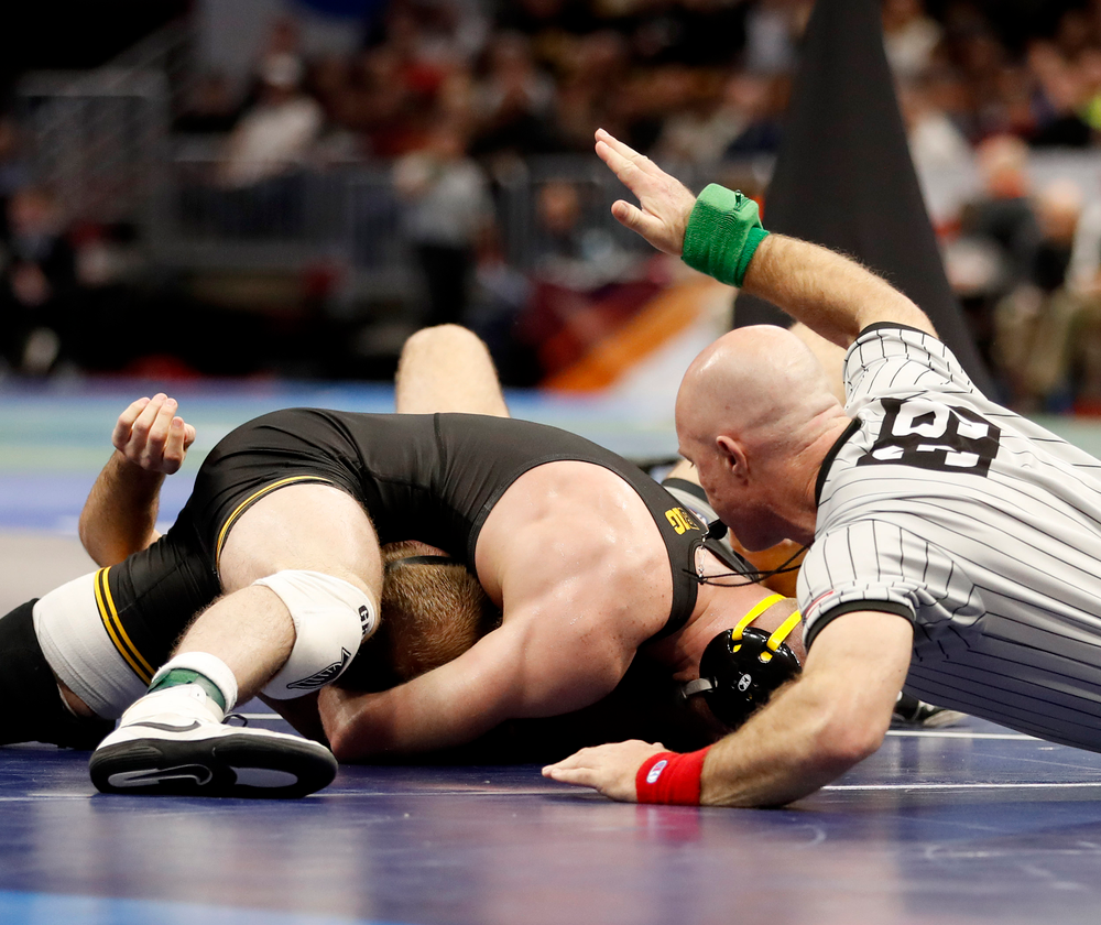 Alex Marinelli with the fall