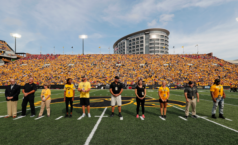 Members of the 2018 Iowa Athletics Hall of Fame Class are introduced Saturday, September 1, 2018 at Kinnick Stadium. (Brian Ray/hawkeyesports.com)