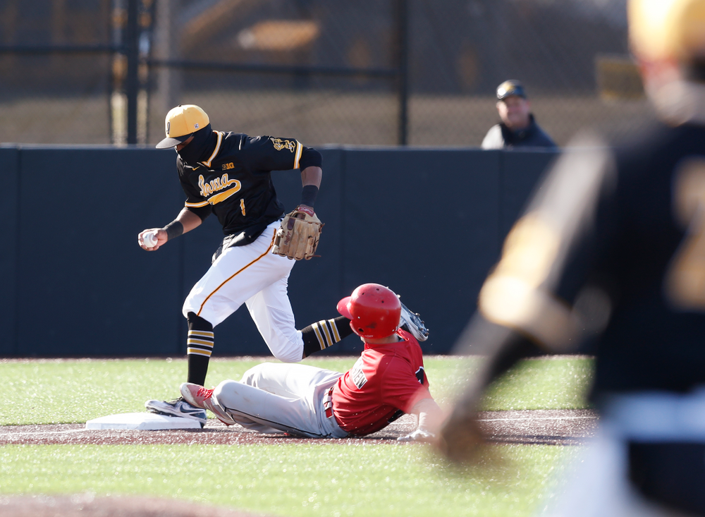 Iowa Hawkeyes third baseman Lorenzo Elion (1) against Grand View Wednesday, April 4, 2018 at Duane Banks Field. (Brian Ray/hawkeyesports.com)