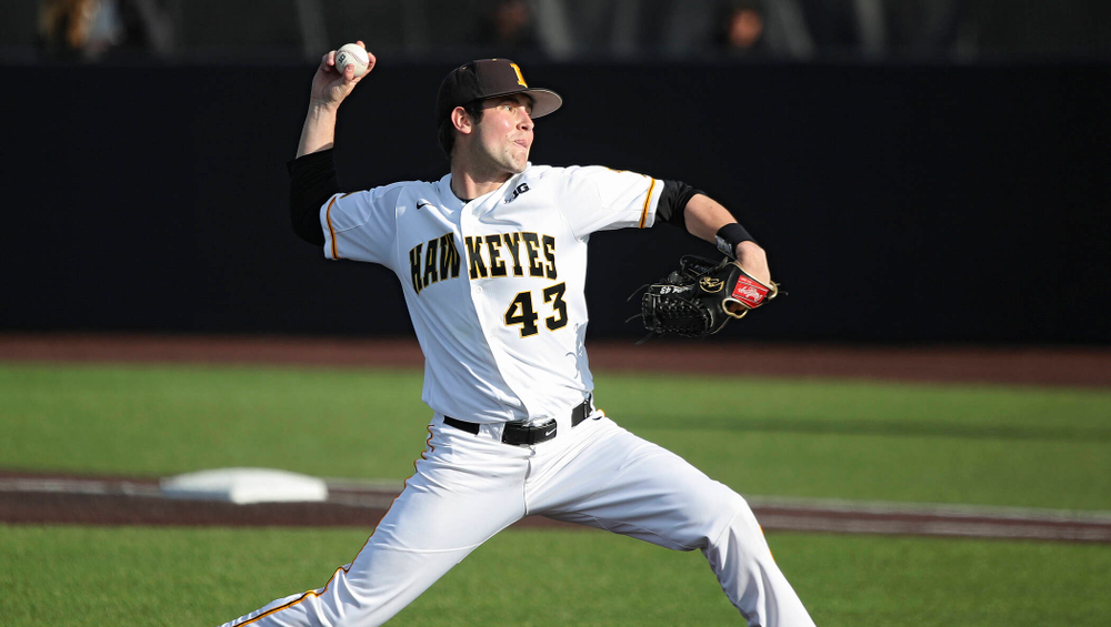 Iowa pitcher Grant Leonard (43) delivers to the plate during the ninth inning of their college baseball game at Duane Banks Field in Iowa City on Wednesday, March 11, 2020. (Stephen Mally/hawkeyesports.com)