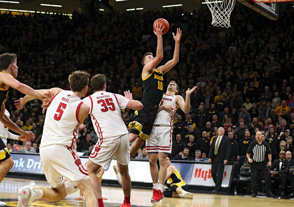 Iowa Hawkeyes guard Joe Wieskamp (10) scores a basket during the second half of their game at Carver-Hawkeye Arena in Iowa City on Monday, January 27, 2020. (Stephen Mally/hawkeyesports.com)
