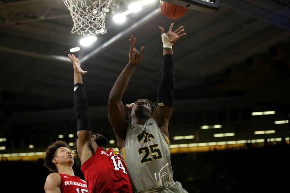 Iowa Hawkeyes forward Tyler Cook (25) against the Nebraska Cornhuskers Sunday, January 6, 2019 at Carver-Hawkeye Arena. (Brian Ray/hawkeyesports.com)