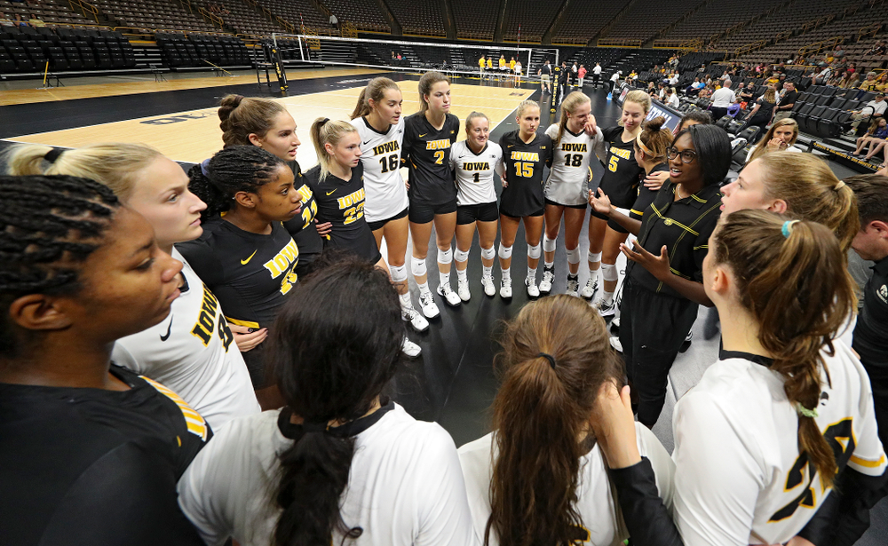 Iowa head coach Vicki Brown talks with her team before the Black and Gold scrimmage at Carver-Hawkeye Arena in Iowa City on Saturday, Aug 24, 2019. (Stephen Mally/hawkeyesports.com)