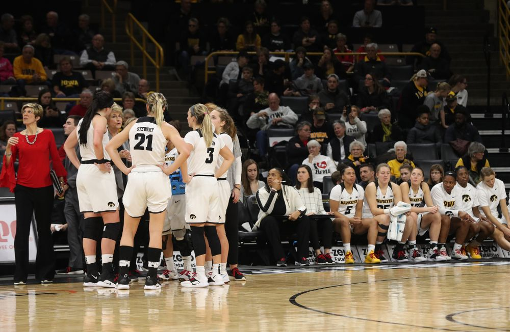 Iowa Hawkeyes head coach Lisa Bluder against the Purdue Boilermakers Sunday, January 27, 2019 at Carver-Hawkeye Arena. (Brian Ray/hawkeyesports.com)