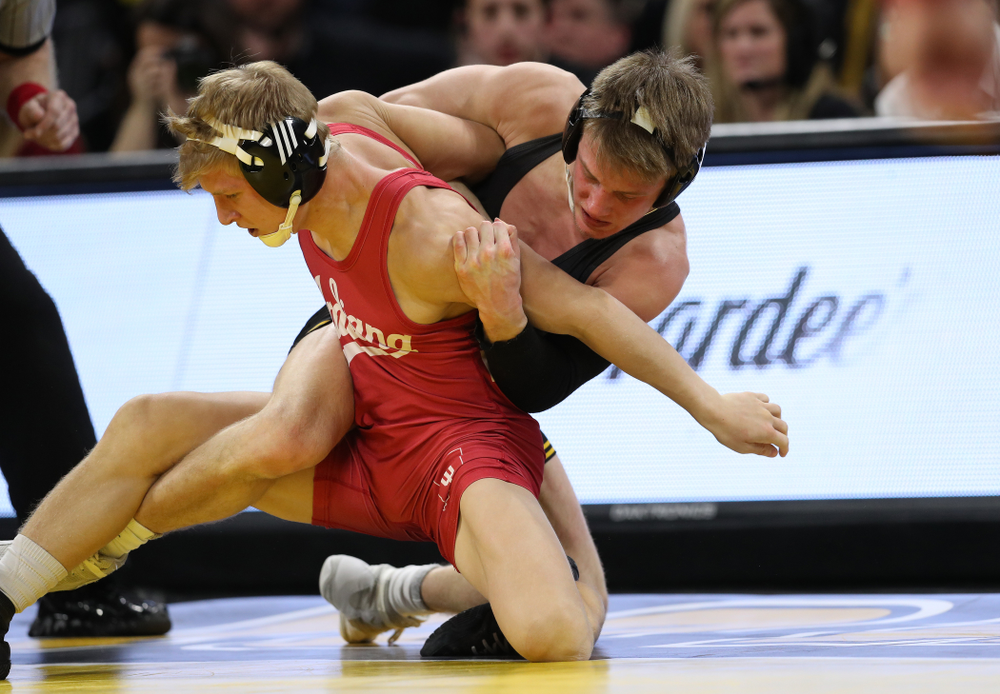 Iowa's Max Murin wrestles Indiana's Kyle Luigs at 149 pounds Friday, February 15, 2019 at Carver-Hawkeye Arena. (Brian Ray/hawkeyesports.com)