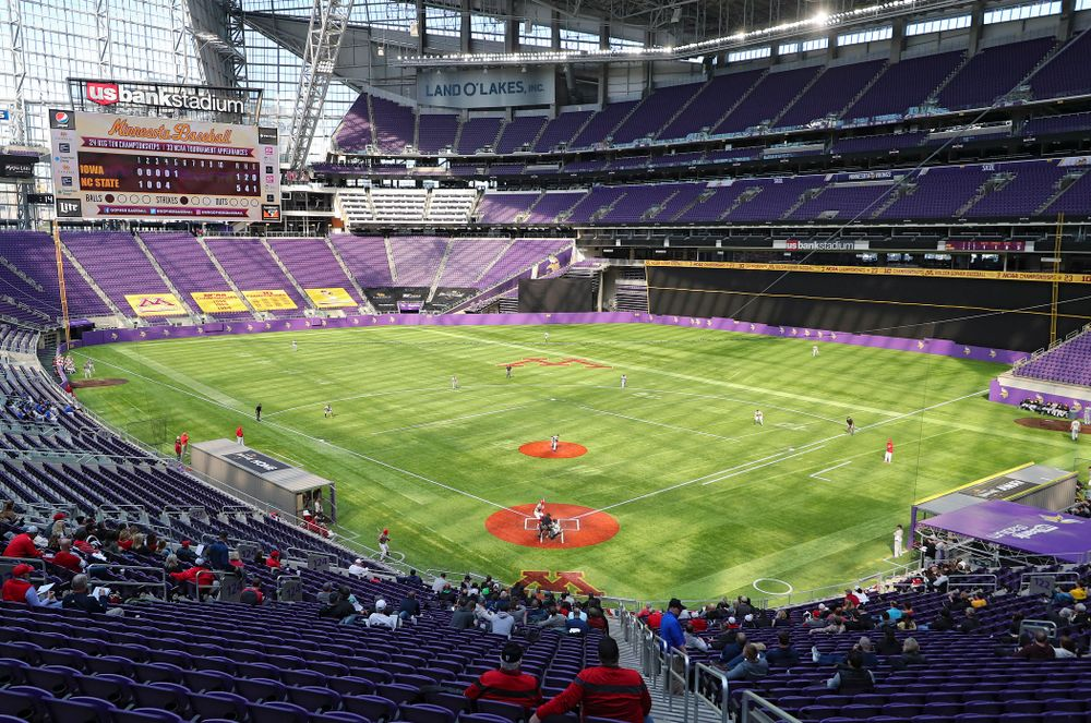 The Iowa Hawkeyes field during the fifth inning of their CambriaCollegeClassic game at U.S. Bank Stadium in Minneapolis, Minn. on Friday, February 28, 2020. (Stephen Mally/hawkeyesports.com)