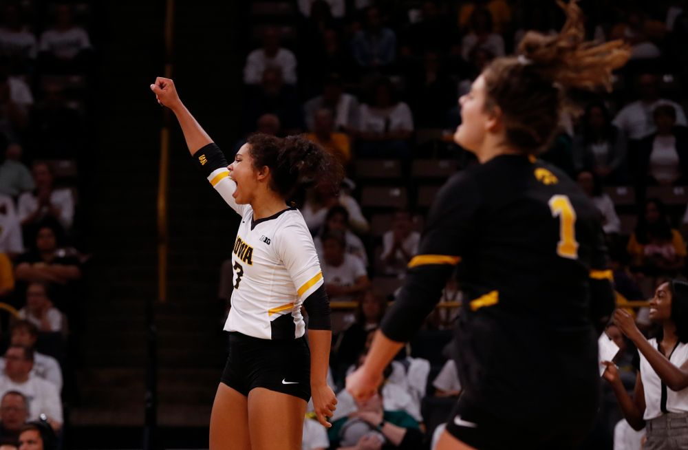 Iowa Hawkeyes setter Gabrielle Orr (7) against the Michigan State Spartans Friday, September 21, 2018 at Carver-Hawkeye Arena. (Brian Ray/hawkeyesports.com)