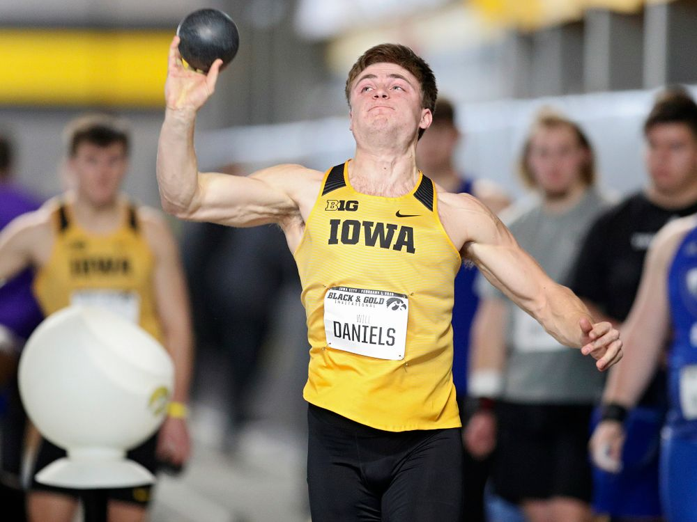 Iowa's Will Daniels throws in the men's shot put event at the Black and Gold Invite at the Recreation Building in Iowa City on Saturday, February 1, 2020. (Stephen Mally/hawkeyesports.com)