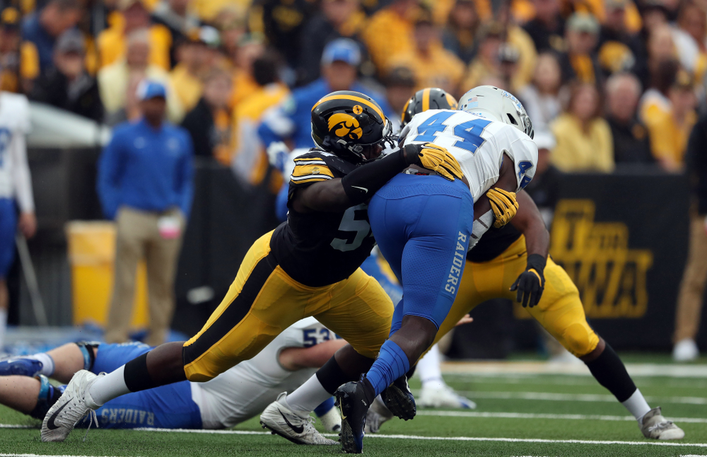 Iowa Hawkeyes defensive tackle Daviyon Nixon (54) against Middle Tennessee State Saturday, September 28, 2019 at Kinnick Stadium. (Brian Ray/hawkeyesports.com)