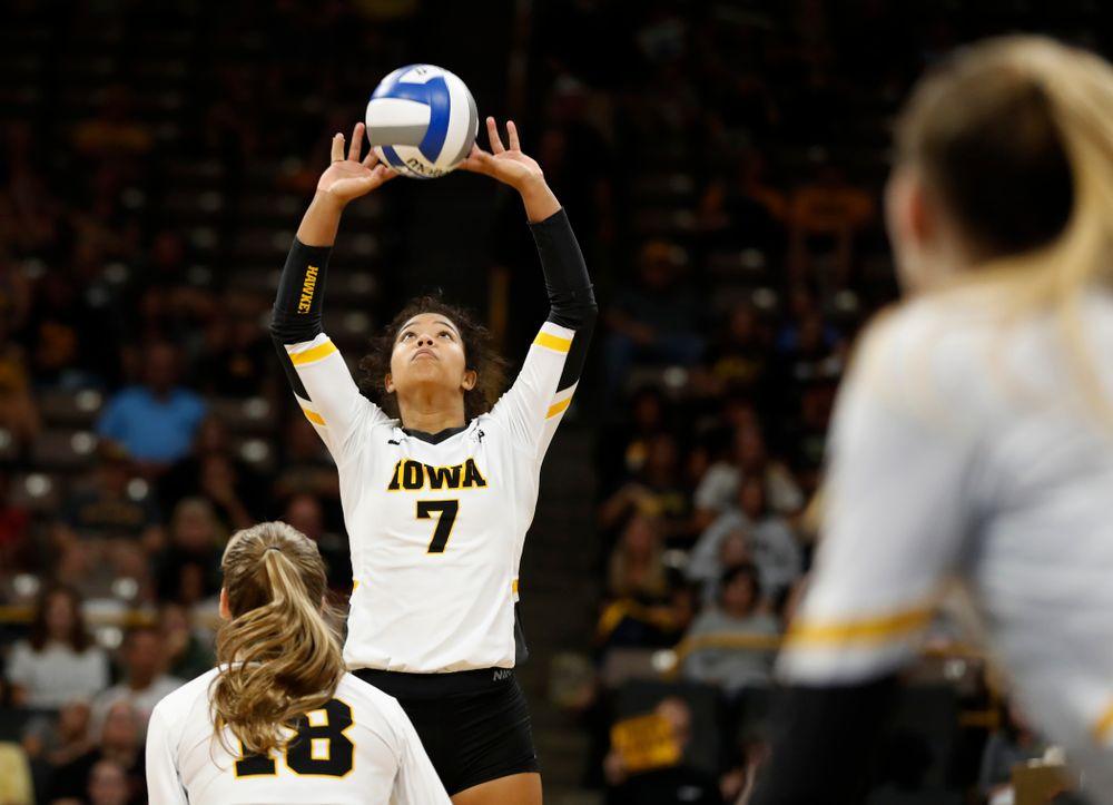 Iowa Hawkeyes setter Gabrielle Orr (7) against Eastern Illinois Sunday, September 9, 2018 at Carver-Hawkeye Arena. (Brian Ray/hawkeyesports.com)