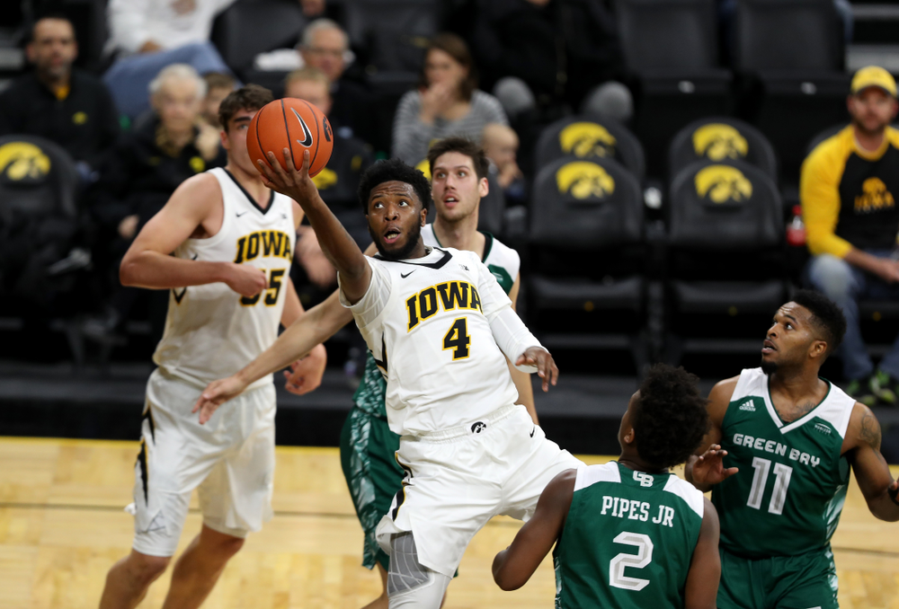 Iowa Hawkeyes guard Isaiah Moss (4) against UW Green Bay Sunday, November 11, 2018 at Carver-Hawkeye Arena. (Brian Ray/hawkeyesports.com)