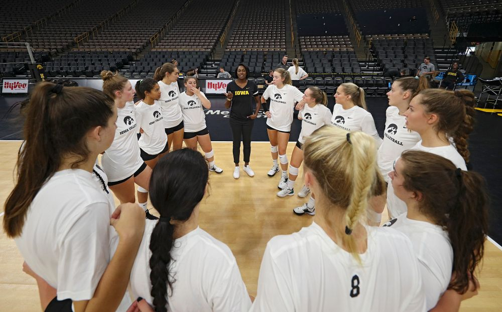 Iowa interim head coach Vicki Brown talks with her team during Iowa Volleyball's Media Day at Carver-Hawkeye Arena in Iowa City on Friday, Aug 23, 2019. (Stephen Mally/hawkeyesports.com)