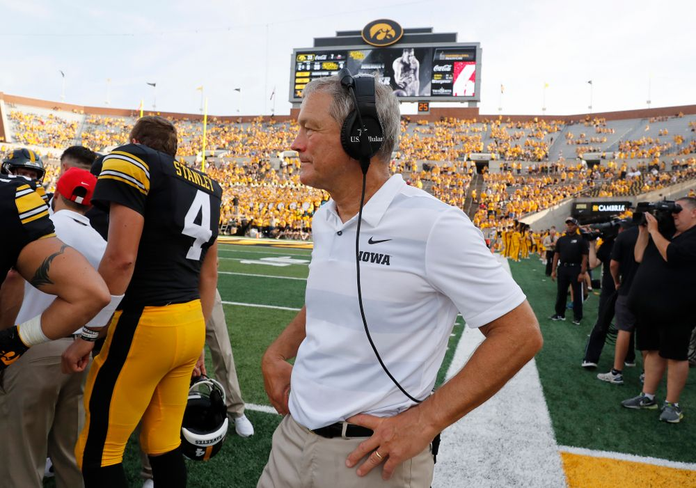 Iowa Hawkeyes head coach Kirk Ferentz stands on the sideline during the closing minutes against the Northern Illinois Huskies Saturday, September 1, 2018 at Kinnick Stadium. (Brian Ray/hawkeyesports.com)