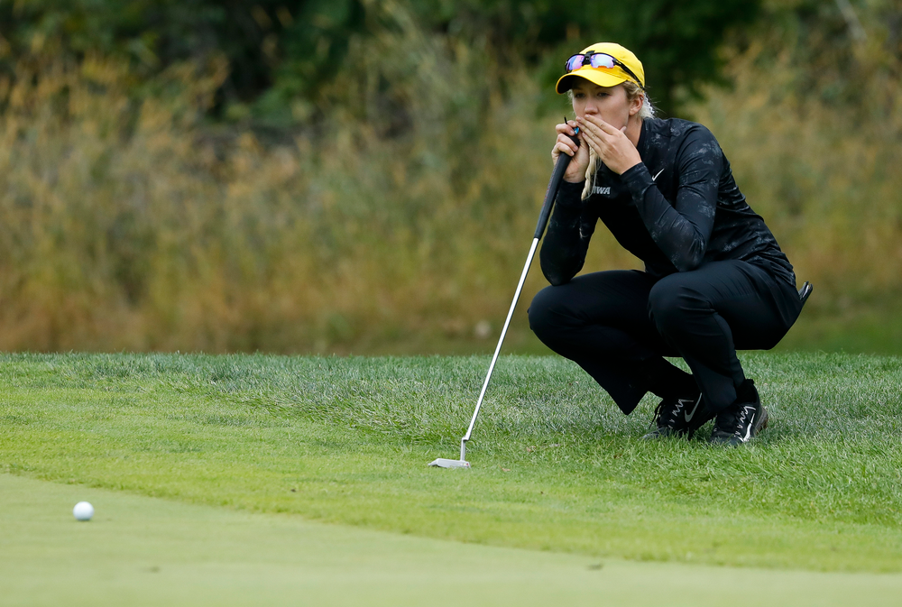 Iowa's Shawn Rennegarbe lines up a putt during the final round of the Diane Thomason Invitational at Finkbine Golf Course on September 30, 2018. (Tork Mason/hawkeyesports.com)