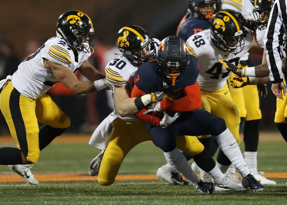 Iowa Hawkeyes defensive back Jake Gervase (30) against the Illinois Fighting Illini Saturday, November 17, 2018 at Memorial Stadium in Champaign, Ill. (Brian Ray/hawkeyesports.com)