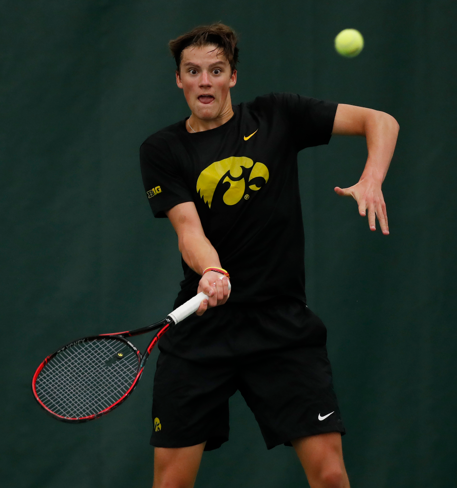 Joe Tyler against the Illinois Fighting Illini Saturday, March 31, 2018 at Hawkeye Tennis and Recreation Center. (Brian Ray/hawkeyesports.com)