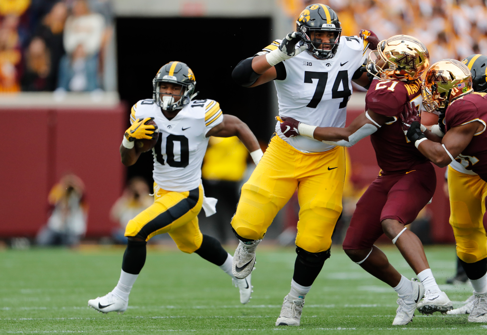 Iowa Hawkeyes offensive lineman Tristan Wirfs (74) against the Minnesota Golden Gophers Saturday, October 6, 2018 at TCF Bank Stadium. (Brian Ray/hawkeyesports.com)