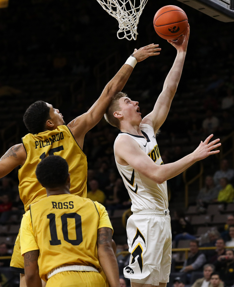 Iowa Hawkeyes forward Michael Baer (0) goes up for a layup during a game against Alabama State at Carver-Hawkeye Arena on November 21, 2018. (Tork Mason/hawkeyesports.com)