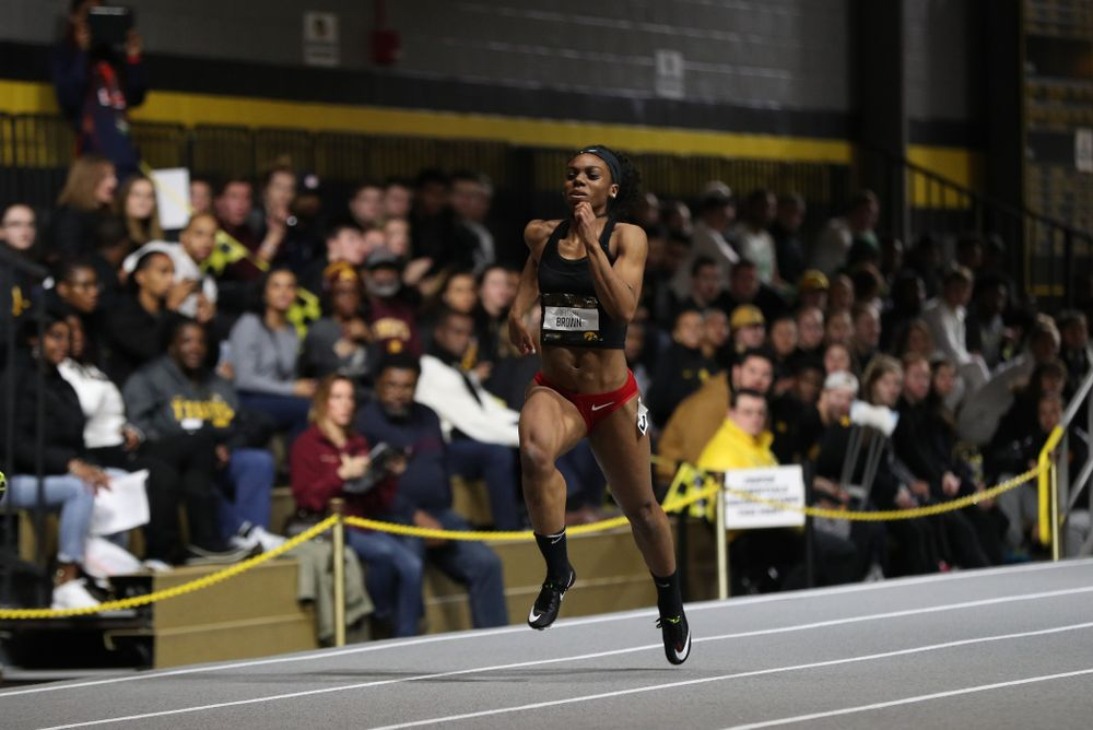 Former Hawkeye Brittany Brown runs the 300 meter premier during the 2019 Larry Wieczorek Invitational Friday, January 18, 2019 at the Hawkeye Tennis and Recreation Center. (Brian Ray/hawkeyesports.com)